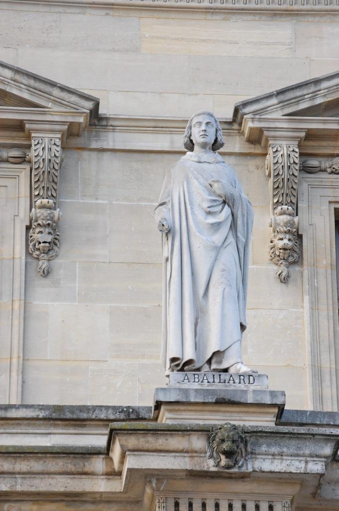 04_Louvre