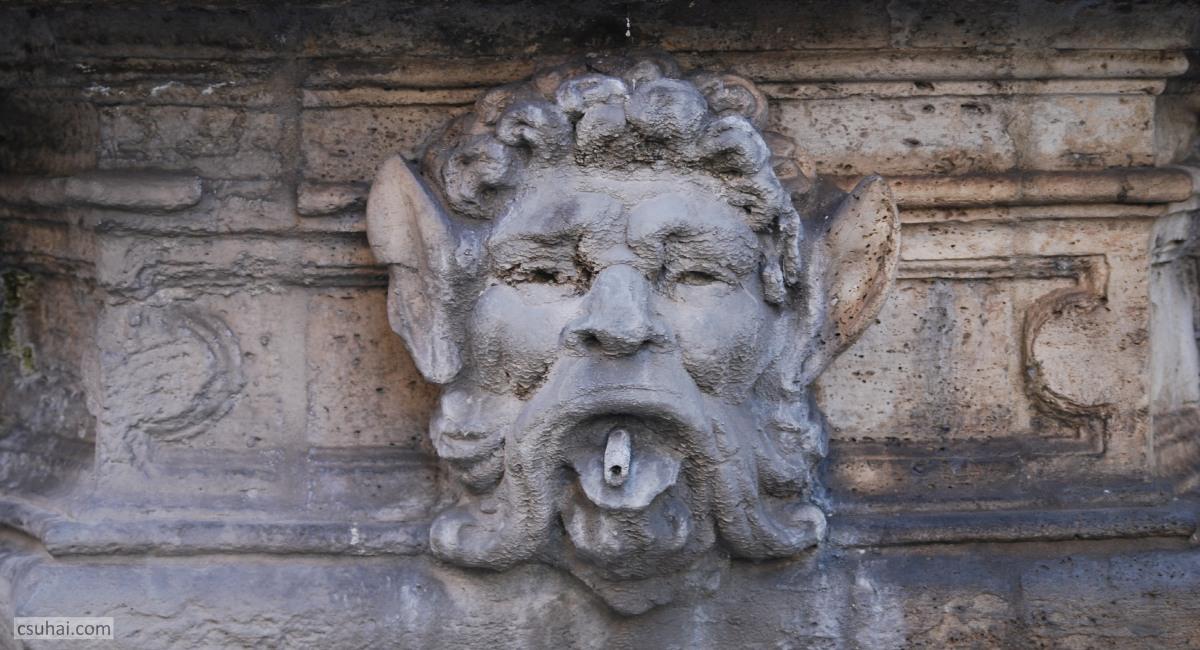 Róma kútjai, avagy Azért az azúr víz azúr